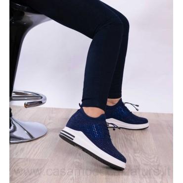 sneakers b